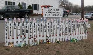 Newtown-Sandy-Hook-Memorial-signs